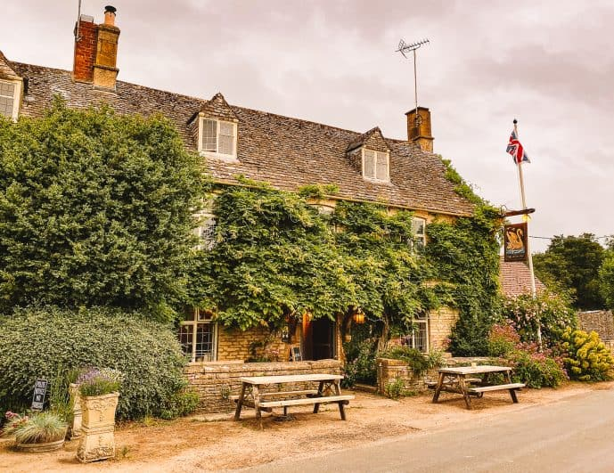 The Swan Inn Swinbrook Downton Abbey