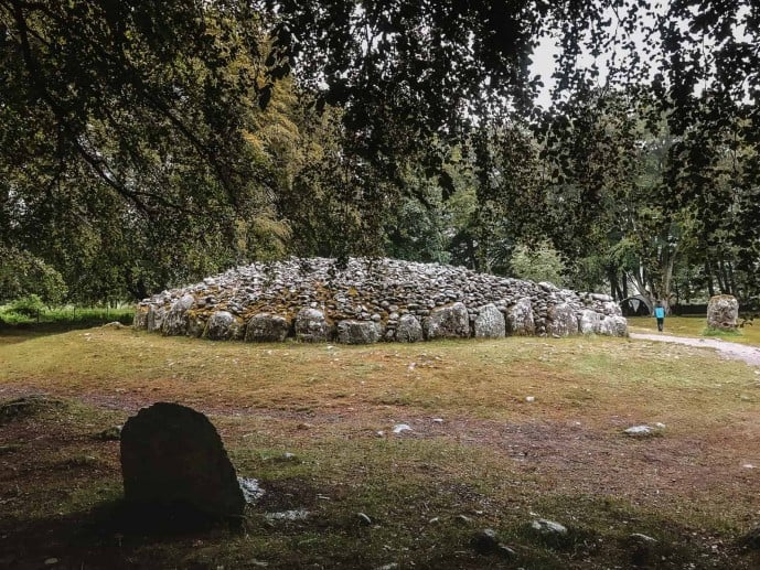 Clava Cairns stone circle