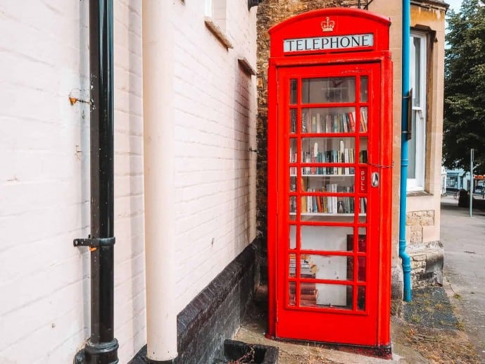 Faringdon Red Telephone Box Library