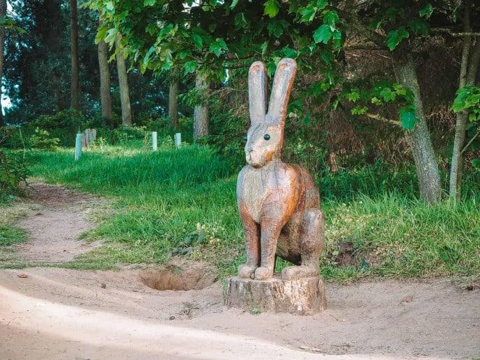 Faringdon sculpture Rabbit Hare