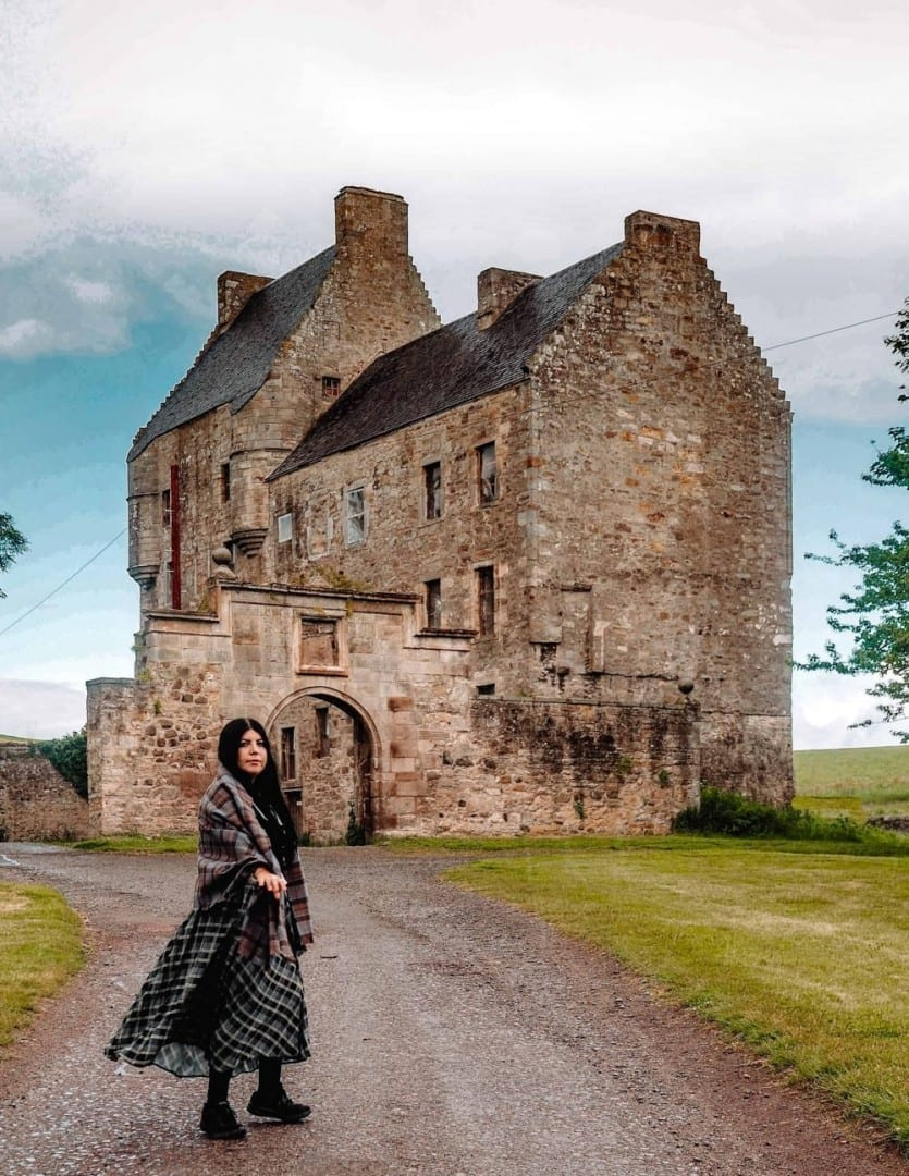 How to visit lallybroch