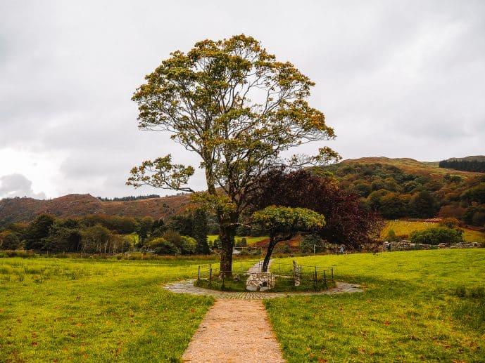 Gelert's Grave Beddgelert Snowdonia Wales