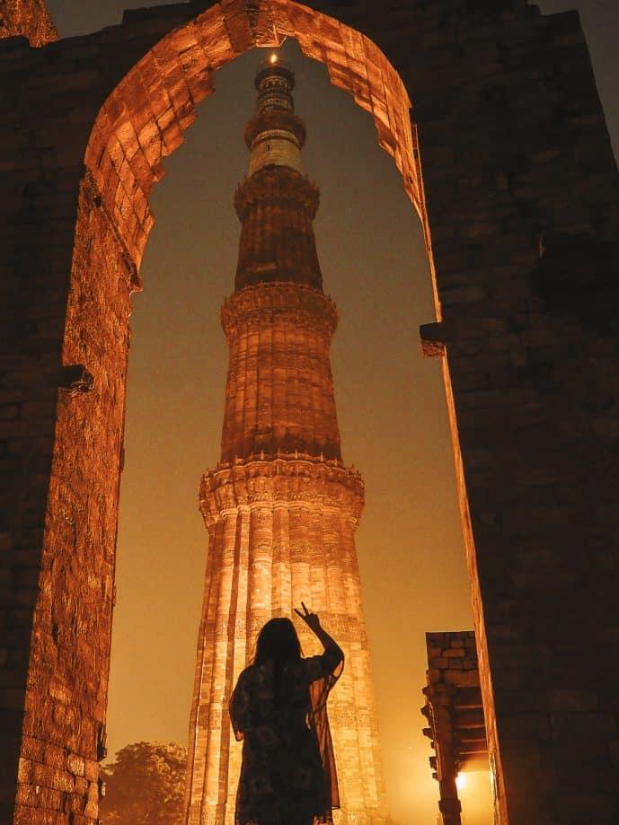 Qutub Minar at night in Delhi photography