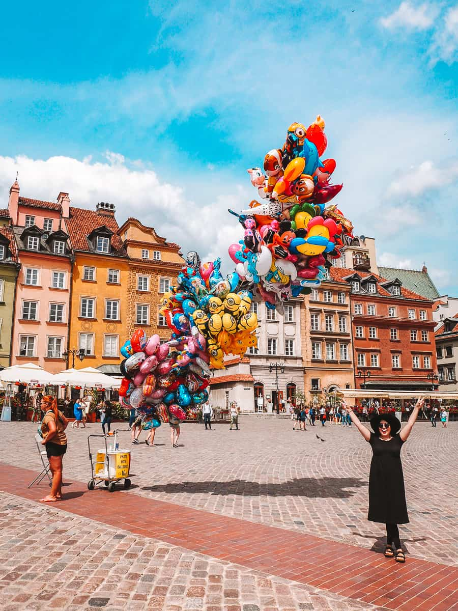 Balloons in Plac Zamkowy Castle Square in Warsaw