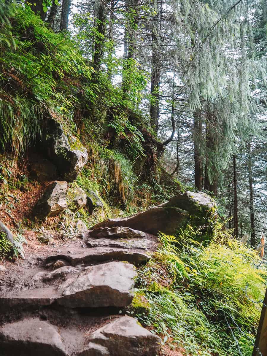 Jogini Waterfall Hike trail Vashisht