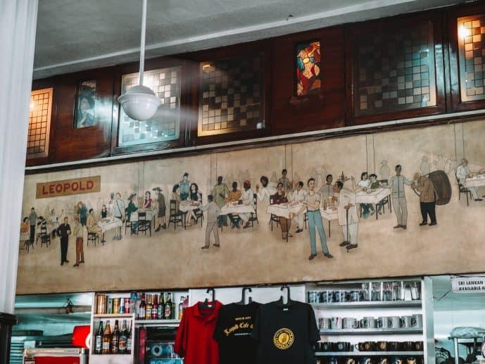 Leopold cafe t-shirt souvenirs