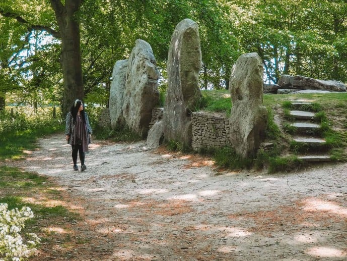Waylands Smithy Neolithic Burial Chamber